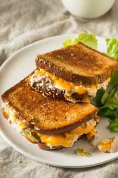 Just a few ingredients most likely already in your pantry can turn into a delicious tuna melt sandwich. Canned tuna never tasted so good! It's an easy recipe that makes one of the all time delicious treats.