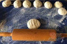 Měkoučké langoše BEZ kynutí, na které nemusíte čekat | NejRecept.cz Rolling Pin, Rolls, Buns, Bread Rolls