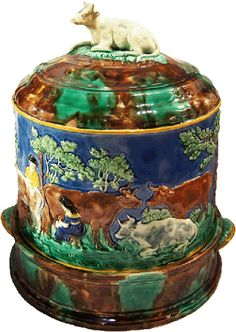 I love majolica Old Pottery, Glazes For Pottery, Vintage Pottery, Ceramic Pottery, Glass Ceramic, Ceramic Art, Sweet Cow, Cheese Dome, Wedgwood