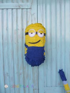 Despicable Me pinata tutorial!written in greek but the Google Chrome translation is very helpful!