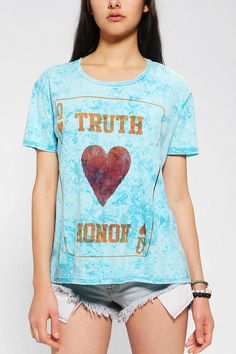 Le Shirt Queen Of Hearts Tee #urbanoutfitters