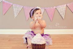 Sophia's Smash Cake | Four Lilies Photography