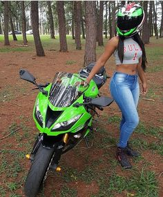 Women- Kawasaki Sportbike - Kawasaki - ID: 663476 Lady Biker, Biker Girl, Motocross, Tabata, Motorbike Girl, Motorcycle Girls, Motorcycle Manufacturers, Japanese Motorcycle, Speed Bike