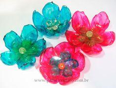 http://www.painelcriativo.com.br/wp-content/uploads/2012/04/passo-a-passo-flor-garrafa-pet-decoracao-7.jpg