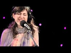 ▶ 'Storm Comin' by The Wailin' Jennys - YouTube There's a storm brewing inside me now..   Need sweet peace and healing. Vio~