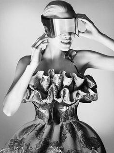 First Look! Alexander McQueen's Autumn Winter '12 Campaign Shot By David Sims | Slide Image 4 | Grazia Fashion