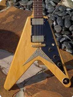 Gibson / Flying V Heritage Reissue / 1983 / Korina / Vintage Guitar, for more information go to www.vintageandrare.com
