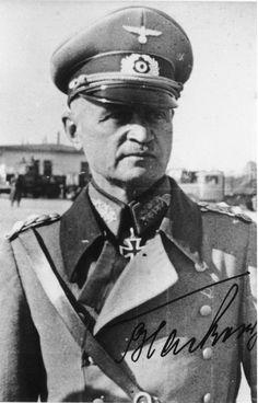 """Le """"Generaloberst"""" Johannes Blaskowitz Johannes Blaskowitz se suicide le 5 février 1948 en sautant d'une fenêtre de la prison de Nüremberg alors qu'il est accusé de crimes de guerre."""