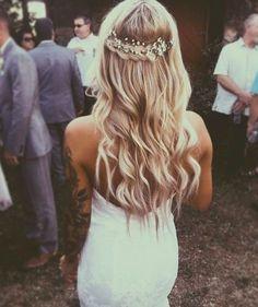 Braided Baby's Breath - Elegant Wedding Hairstyles With Headpieces - Photos