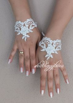 Wedding Gloves – Ivory French lace cuffs – a unique product by WEDDINGGloves on DaWanda