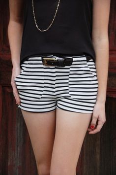 Striped Shorts are example of short shorts because they are short and hemmed just on the upper thigh White Fashion, Love Fashion, Womens Fashion, Striped Shorts, Patterned Shorts, American Threads, Summer Loving, Summer Dream, Short Shorts