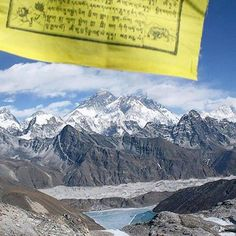#Gokyo_Valley_Trekking :Photo of the Day Everest the highest Mountain on earth and its range, overlooking the Gokyo lake from Renjo la pass #himalayan_quests #mounteverestofficial #himalayangeographic #nepal8thwonder #himalayas #explore #discover #experience #adventure #travel #nepal #ClearSkyTreks  #neverstopexploring #prayerflags #trekkinginnepal #Renjola_paaa #EBC_Trek  📷: @Clear_Sky_Treks...