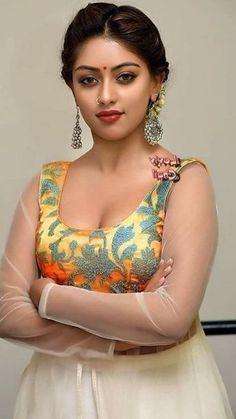 Beautiful Girl Dance, Beautiful Blonde Girl, Beautiful Girl Photo, World Most Beautiful Woman, Most Beautiful Indian Actress, Beauty Full Girl, Beauty Women, Bollywood Actress Bikini Photos, Indian Girls Images