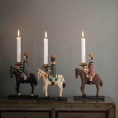 Candleholder Holy 3 Kings painted in wood Swedish Christmas, Christmas Mood, Christmas Candles, All Things Christmas, Merry Christmas, Christmas Ornaments, Holiday, Boutique Deco, Christmas Card Crafts