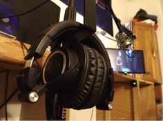 Thanks to the many Amazon customers who have posted their fan photos of their M50s!