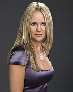 Sharon (Young and the Restless) straight hair