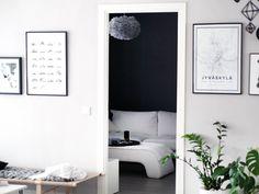 Erillinen televisiohuone rauhoittaa olohuonetta