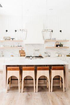 Modern Lake House: Kitchen + Nook Dream kitchen- marble and wood accents. Kitchen Nook, White Kitchen Cabinets, Kitchen Cabinetry, Kitchen Dining, Kitchen Storage, Glass Kitchen, Kitchen Organization, Kitchen Themes, Home Decor Kitchen