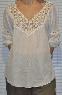 Echa un vistazo a este producto en Yodetiendas.com:  Camisola blanca