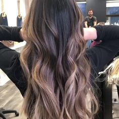 Fall Hair Colour Trends and Styles – dark hair styles Brunette Hair Color With Highlights, Brown Hair Balayage, Brown Blonde Hair, Hair Color Balayage, Hair Highlights, Black Hair With Ombre, Medium Brown Hair With Highlights, Brunette Ombre Balayage, Blonde Honey