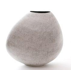 Exhibition   Mitsukini Misaki's 'Earth from Sky' Evanescent Vessels   CFile - Contemporary Ceramic Art + Design