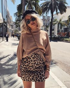 Hat and cute style for spring - ChicLadies. Mode Outfits, Skirt Outfits, Casual Outfits, Fashion Outfits, Travel Outfits, Fall Winter Outfits, Autumn Winter Fashion, Leopard Skirt Outfit, Moda Fashion