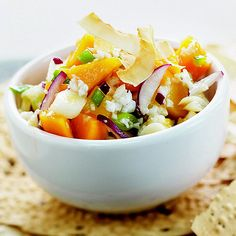 Top your freshly grilled chicken with this tasty Coconut-Mango Salsa! More fresh salsa recipes: http://www.bhg.com/recipes/ethnic-food/mexican/10-fuss-free-salsa-recipes/?socsrc=bhgpin081013coconutmangosalsa=17