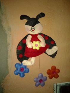 joaninha feltro