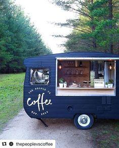 Is this the cutest coffee van in Ads? Mobile Coffee Cart, Mobile Coffee Shop, Food Trucks, Foodtrucks Ideas, Coffee Food Truck, Coffee Trailer, Mobile Cafe, My Coffee Shop, Food Vans