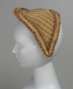 1860s, America - Woman's cap - Woven straw, paper lining, wire