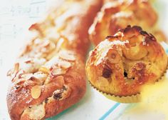 Danish Kringle with marzipan Danish Cake, Danish Dessert, Danish Food, Fun Baking Recipes, Cake Recipes, Dessert Recipes, Sweet Roll Recipe, Scandinavian Food, Bread And Pastries