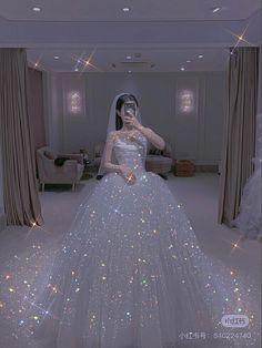 Princess Outfits, Princess Wedding Dresses, Dream Wedding Dresses, Ball Dresses, Ball Gowns, Prom Dresses, Pretty Outfits, Pretty Dresses, Sparkly Gowns