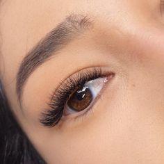 𝙱𝚎𝚢𝚘𝚗𝚍 𝚋𝚎𝚊𝚞𝚝𝚒𝚏𝚞𝚕. 🌷 ——————————————————————#lashes #lashextensions #lashesonpoint #lashesonfleek #lashesonlashes #lashesfordays #wimpern #wimpernverlängerung #russianvolume #russianvolumelashes #naturalmakeup #vorhernacher Beauty Loft, Feather Eyelashes, Eyelash Extensions Styles, Lash Lift, Manicure, Glow, Make Up, Beautiful, Instagram