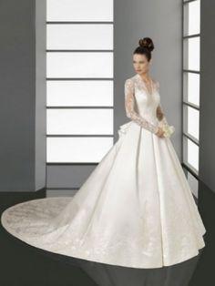White A-line/Princess V-Hals Lace Lange Mouw Kapel Trein Satin Bruidsjurken voor €753,62