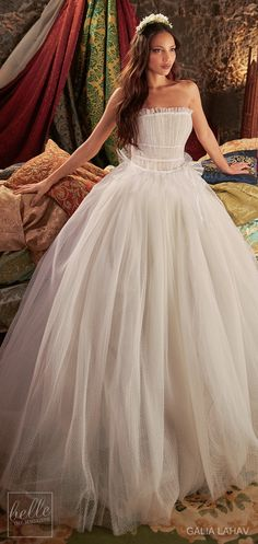 Wedding dress by Galia Lahav Couture Bridal - Fall 2018 - Florence by Night - Daffodill