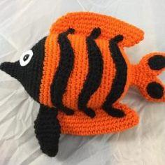 Вязаная игрушка рыбка крючком схема амигуруми