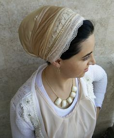 special Lace base Sinar tichel create the layered look you