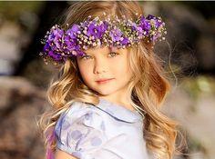 Duda Bundchen Giseles niece modeling must run in the family Flower Girls, Girls With Flowers, Flowers In Hair, Flower Crowns, Purple Flowers, Fashion Kids, Sweet Fashion, Beautiful Children, Beautiful Babies