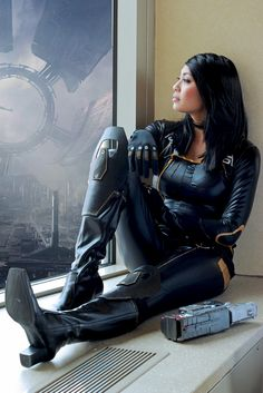 Character: Miranda Lawson / From: BioWare's 'Mass Effect' Video Game Series / Cosplayer: Unknown