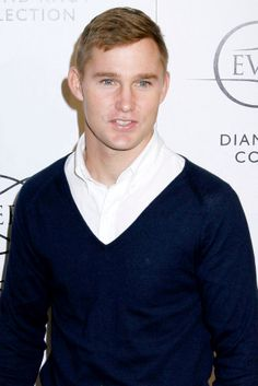 I like his dirty blond color- brian geraghty