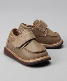 Take a look at this Caramel Squeaker Shoe by Itzy Bitzy on #zulily today!