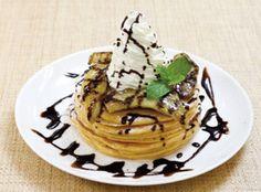 """5枚重ねの""""タワーパンケーキ""""が大阪・梅田に登場 トッピングも充実!"""