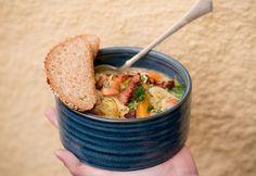 14 isteni recept a sütőtöködhöz - egy órán belül! Goulash, Kung Pao Chicken, Frankfurt, Oatmeal, Good Food, Healthy Recipes, Healthy Foods, Cooking, Breakfast