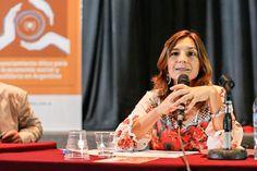 Gabriela Dorrego junto con Sabrina Abran de Vox Populi presentan el diagnóstico sobre los actores de la ESyS. Wicked, Socialism, Financial Statement, Circuit