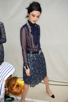Chanel Fall 2015 Ready-to-Wear Beauty Photos - Vogue