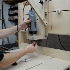 Woodworking Tools For Beginners, Cool Woodworking Projects, Router Woodworking, Woodworking Techniques, Diy Wooden Projects, Wood Shop Projects, Woodworking Shop Layout, Woodworking Workshop, Diy Router Table