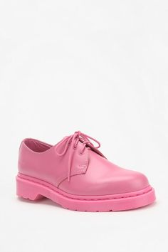 Dr. Martens 3-Tie Oxford....well I'll be dogged...pink docs...hahaha my daughter would go nuts!