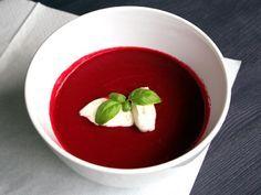 Vitalsuppe - rote rübe, karotten, apfel... Keto Taco Salad, Beetroot, Panna Cotta, Carrots, Healthy Recipes, Healthy Food, Soup, Pudding, Nutrition