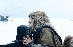 Fili looks like he's kissing the wood in the first frame of this gif...