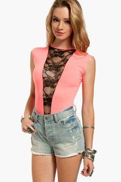 cc9040ceccc1 Laced Short Sleeve Bodysuit ~ TOBI Bodysuit Outfit Jeans, Lace Bodysuit,  Lace Jean Shorts
